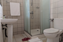 Twin Suite Bathroom Toilet Shower Kampala Hotel