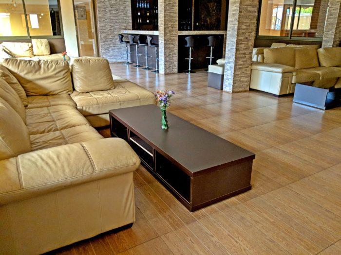 Bar-Lounge-Prestige-Hotel-Suites